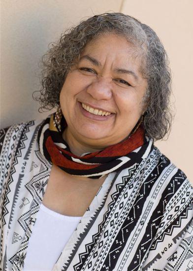 Photograph of storyteller Lyn Ford