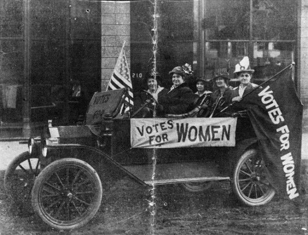 Montana Suffragists campaign in car